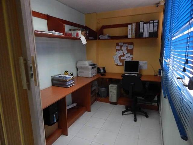 Apartamento Distrito Metropolitano>Caracas>La Florida - Venta:77.011.000.000 Precio Referencial - codigo: 16-12533