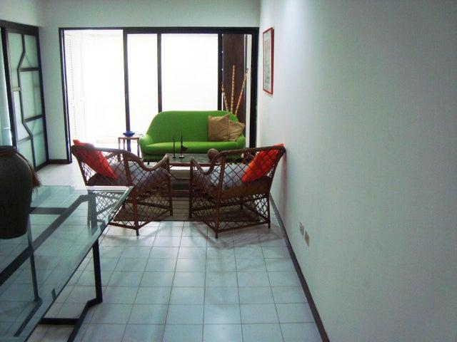Apartamento Distrito Metropolitano>Caracas>La Florida - Venta:8.749.000.000 Bolivares Fuertes - codigo: 16-12563
