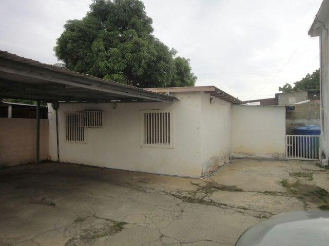 Casa Zulia>Ciudad Ojeda>La 'L' - Venta:5.769.000.000 Bolivares - codigo: 16-12626