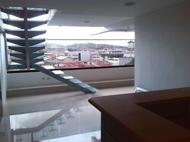 Local Comercial Distrito Metropolitano>Caracas>Boleita Norte - Venta:194.321.000.000 Bolivares - codigo: 16-12622