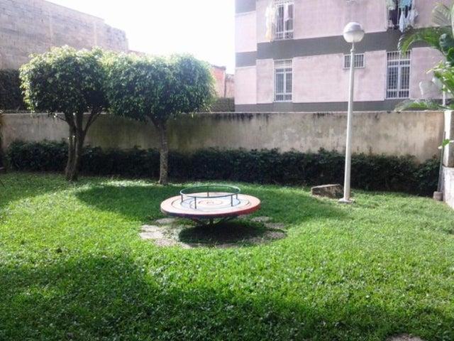 Apartamento Distrito Metropolitano>Caracas>La Boyera - Venta:14.997.000.000 Bolivares Fuertes - codigo: 16-12678