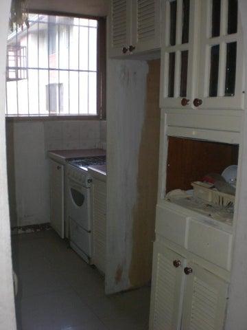 Apartamento Miranda>Guatire>Valle Arriba - Venta:6.982.000.000 Bolivares Fuertes - codigo: 16-13241