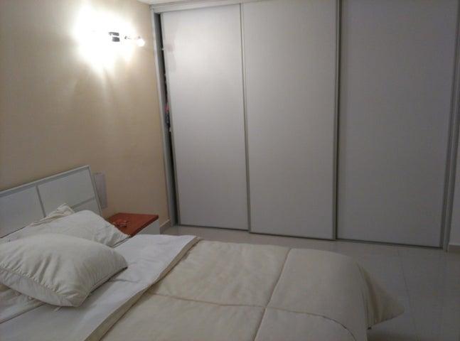 Apartamento Distrito Metropolitano>Caracas>El Encantado - Venta:40.686.000.000 Precio Referencial - codigo: 16-12736