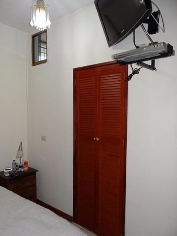 Casa Distrito Metropolitano>Caracas>El Marques - Venta:481.010.000.000 Precio Referencial - codigo: 16-12751