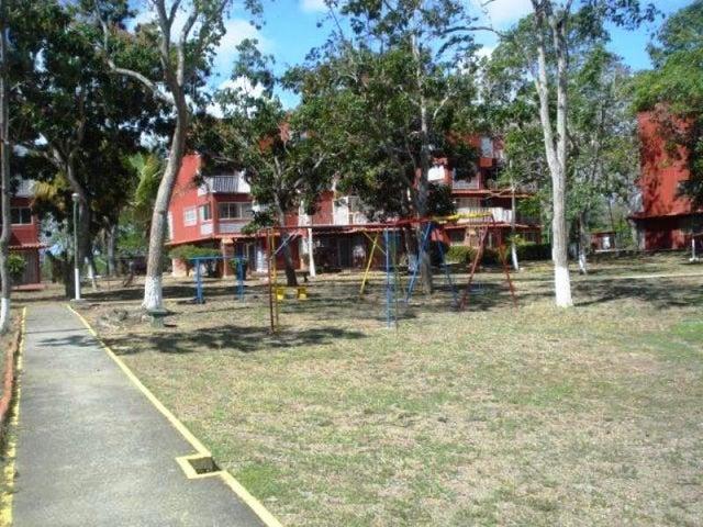 Apartamento Miranda>Rio Chico>Las Mercedes de Paparo - Venta:3.933.000.000 Bolivares Fuertes - codigo: 16-7626