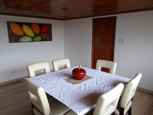 Apartamento Distrito Metropolitano>Caracas>Sebucan - Alquiler:349.000.000 Bolivares Fuertes - codigo: 16-12896