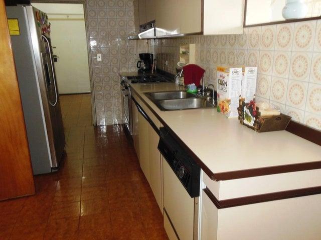 Apartamento Distrito Metropolitano>Caracas>Parroquia San Jose - Venta:23.296.000.000 Precio Referencial - codigo: 16-13073