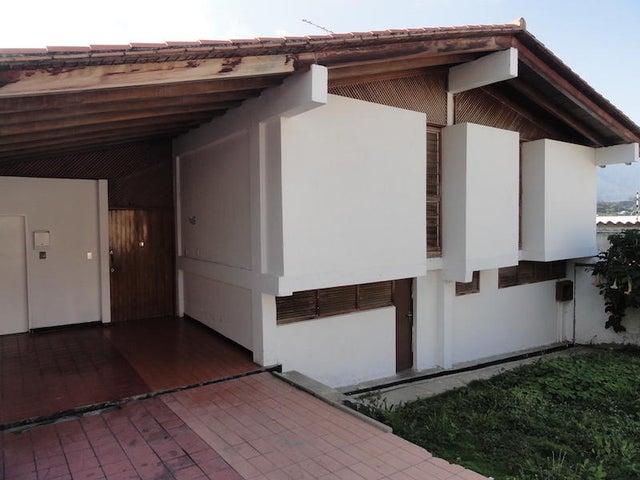 Casa Distrito Metropolitano>Caracas>Prados del Este - Venta:73.844.000.000 Bolivares - codigo: 16-13187
