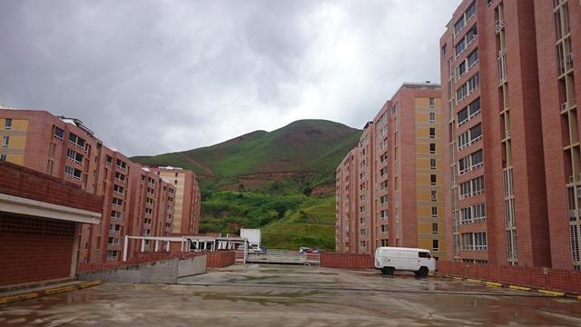 Apartamento Distrito Metropolitano>Caracas>El Encantado - Venta:42.784.000.000 Precio Referencial - codigo: 16-13025