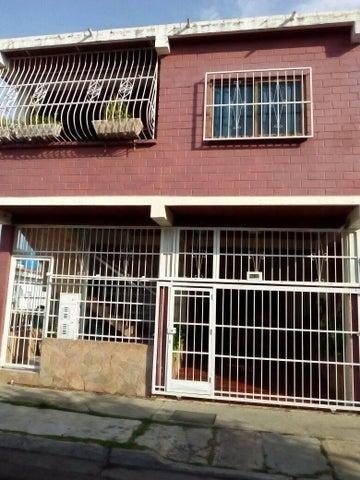 Casa Carabobo>Municipio Naguanagua>Las Quintas - Venta:130.000.000 Bolivares - codigo: 16-13055