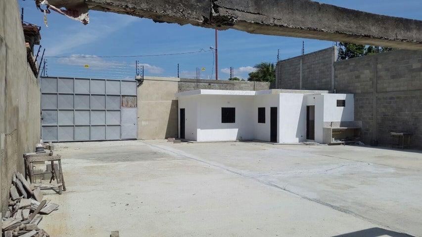 Local Comercial Lara>Cabudare>El Placer - Venta:5.875.000.000 Bolivares - codigo: 16-13062