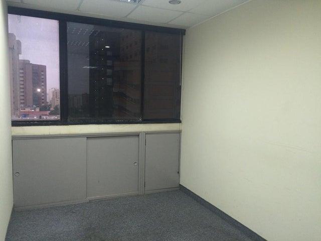 Oficina Zulia>Maracaibo>Dr Portillo - Alquiler:392.000.000 Bolivares - codigo: 16-13097