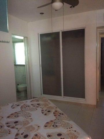 Apartamento Miranda>Rio Chico>Los Canales de Rio Chico - Venta:8.083.000.000 Bolivares Fuertes - codigo: 16-13164