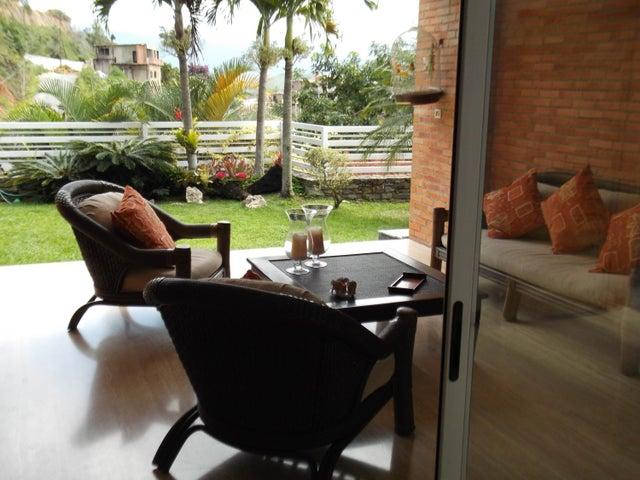 Casa Distrito Metropolitano>Caracas>La Lagunita Country Club - Venta:224.472.000.000 Precio Referencial - codigo: 16-13180