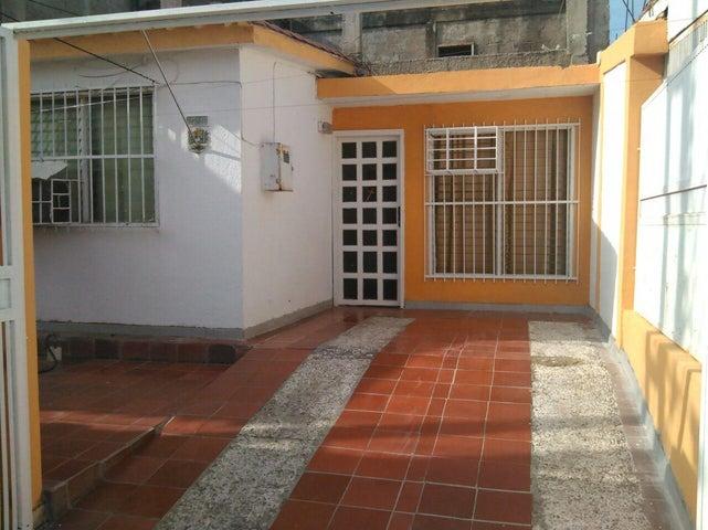 Casa Carabobo>Municipio San Diego>Bosqueserino - Venta:0  - codigo: 16-13175