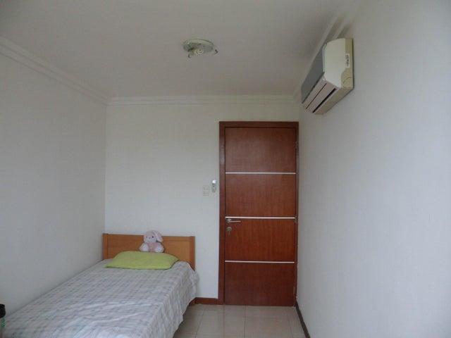 Apartamento Carabobo>Municipio Naguanagua>Palma Real - Venta:21.908.000.000 Precio Referencial - codigo: 16-13226