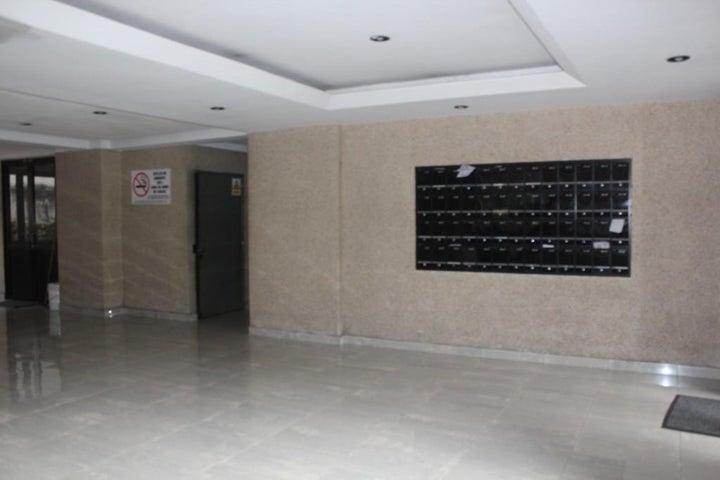 Apartamento Distrito Metropolitano>Caracas>Bello Monte - Venta:48.858.000.000 Precio Referencial - codigo: 16-13279