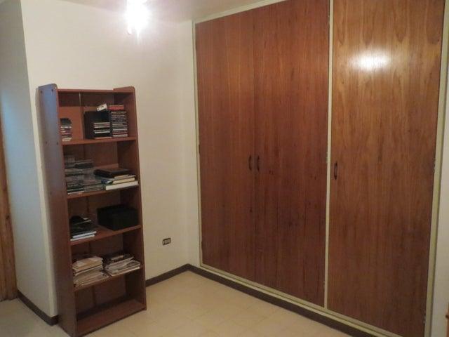 Apartamento Distrito Metropolitano>Caracas>Terrazas del Avila - Venta:85.568.000.000 Precio Referencial - codigo: 16-13320