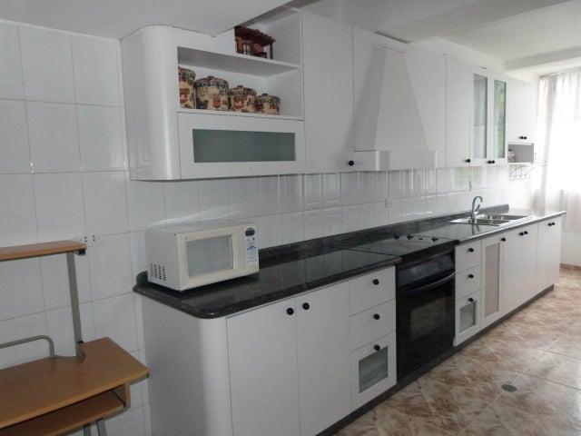 Apartamento Vargas>Parroquia Caraballeda>Caribe - Venta:34.615.000.000 Bolivares Fuertes - codigo: 16-13330