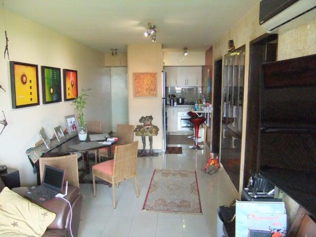 Apartamento Distrito Metropolitano>Caracas>Macaracuay - Venta:75.113.000.000 Precio Referencial - codigo: 16-13357