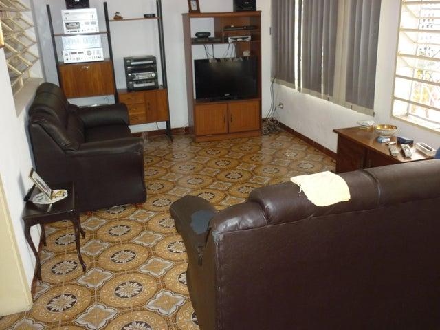 Casa Distrito Metropolitano>Caracas>Colinas de Bello Monte - Venta:101.678.000.000 Precio Referencial - codigo: 16-13430