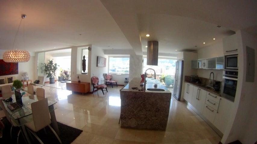 Apartamento Distrito Metropolitano>Caracas>Sebucan - Venta:58.843.000.000 Bolivares Fuertes - codigo: 16-13417