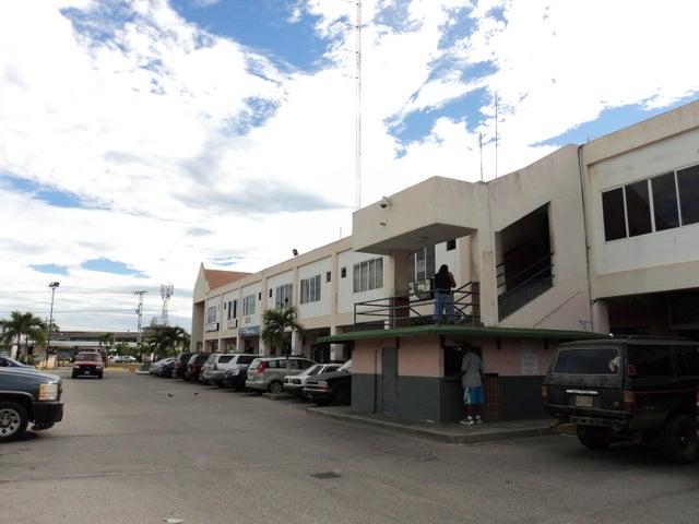 Local Comercial Miranda>Higuerote>Higuerote - Alquiler:24.000.000 Bolivares - codigo: 16-13468