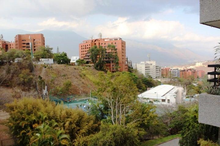 Apartamento Distrito Metropolitano>Caracas>Colinas de Valle Arriba - Venta:48.453.000.000 Bolivares Fuertes - codigo: 16-13567