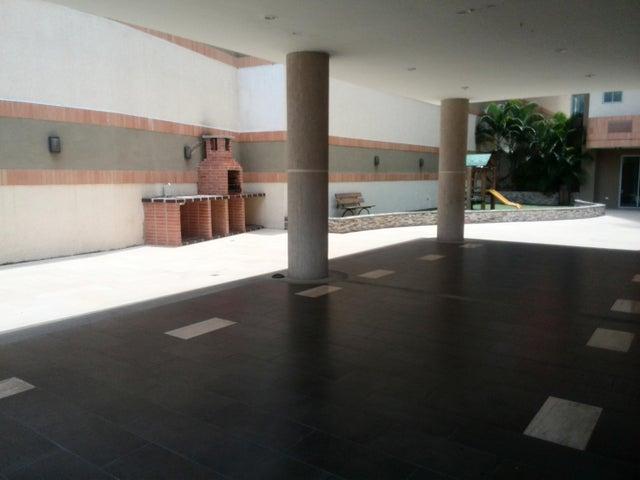 Apartamento Carabobo>Valencia>Las Chimeneas - Venta:30.000.000 Bolivares Fuertes - codigo: 16-13569