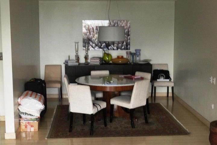 Apartamento Distrito Metropolitano>Caracas>Los Palos Grandes - Venta:280.934.000.000 Precio Referencial - codigo: 16-13611