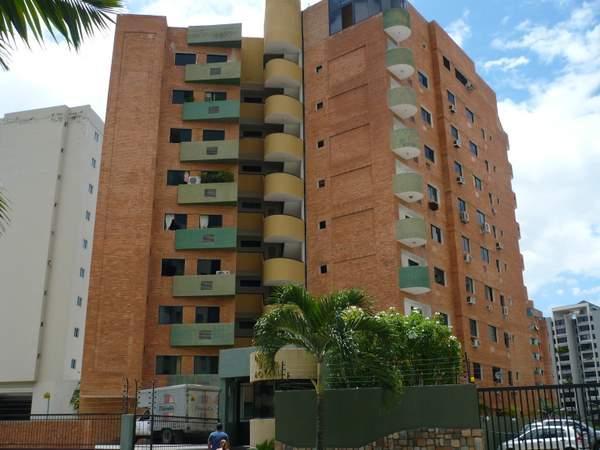 Apartamento Carabobo>Valencia>Los Mangos - Venta:1.200.000.000 Bolivares Fuertes - codigo: 16-13533