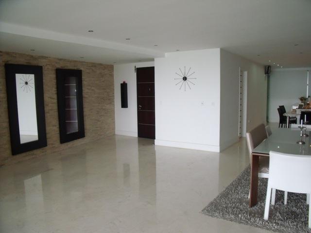 Apartamento Distrito Metropolitano>Caracas>Oripoto - Venta:458.044.000.000 Precio Referencial - codigo: 16-13672