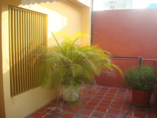 Casa Distrito Metropolitano>Caracas>Horizonte - Venta:112.984.000.000 Precio Referencial - codigo: 16-13680