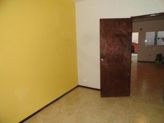 Anexo Distrito Metropolitano>Caracas>Caicaguana - Alquiler:100.000 Bolivares - codigo: 16-13698
