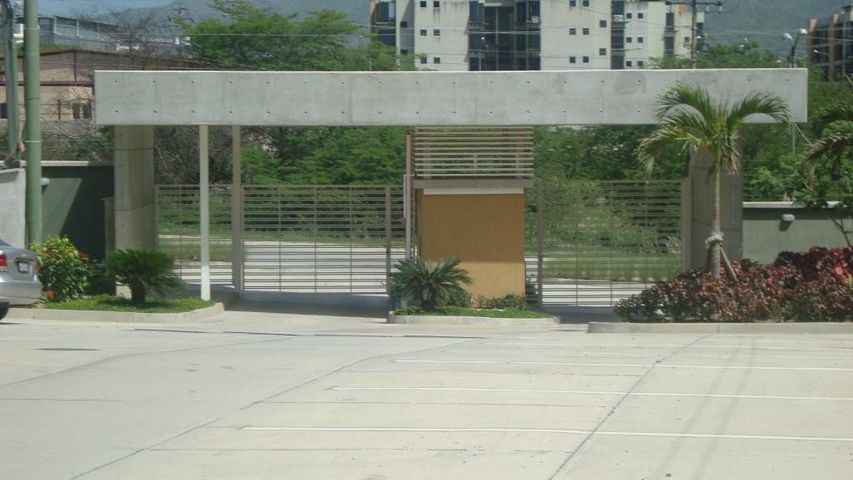 Apartamento Miranda>Guatire>El Ingenio - Venta:7.939.000.000 Precio Referencial - codigo: 16-13699