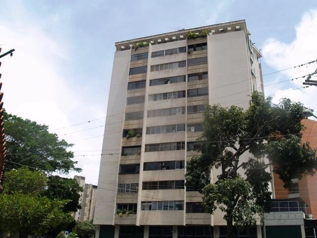 Apartamento Distrito Metropolitano>Caracas>Los Chorros - Alquiler:572.000 Bolivares Fuertes - codigo: 16-13792