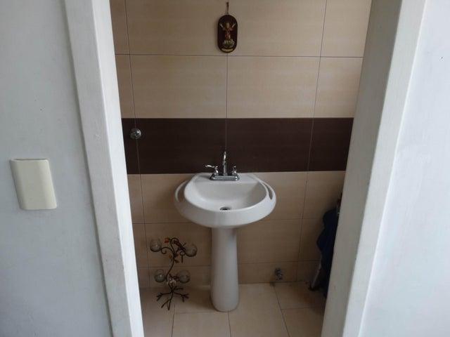 Apartamento Distrito Metropolitano>Caracas>Los Dos Caminos - Venta:34.952.000.000 Precio Referencial - codigo: 16-14104