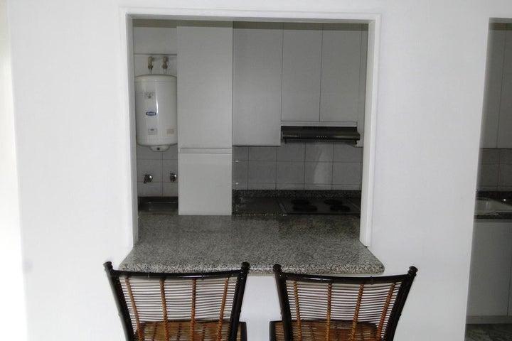 Apartamento Distrito Metropolitano>Caracas>La Castellana - Venta:139.773.000.000 Precio Referencial - codigo: 16-13707
