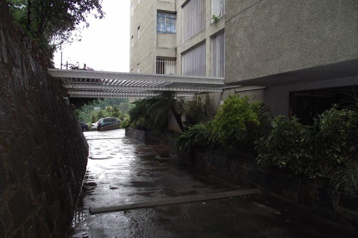 Apartamento Distrito Metropolitano>Caracas>Santa Fe Sur - Venta:106.411.000.000 Precio Referencial - codigo: 16-13761