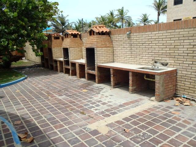 Townhouse Falcon>Tucacas>Tucacas - Venta:0  - codigo: 16-13764