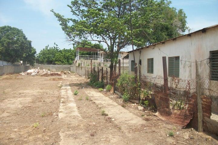 Terreno Zulia>Cabimas>5bocas - Venta:17.500 US Dollar - codigo: 16-14874