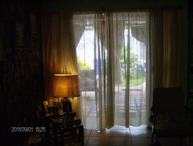Casa Miranda>Cua>Santa Rosa - Venta:11.975.000.000 Precio Referencial - codigo: 16-13802