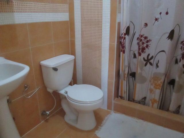 Apartamento Carabobo>Municipio Naguanagua>La Granja - Venta:50.000.000 Bolivares Fuertes - codigo: 16-13845