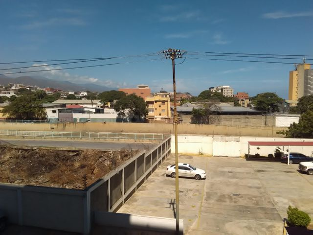 Apartamento Vargas>Catia La Mar>Playa Grande - Venta:45.000 US Dollar - codigo: 16-13847