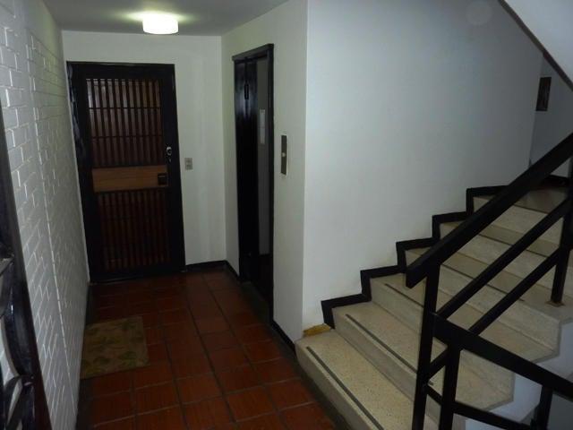 Apartamento Distrito Metropolitano>Caracas>Cumbres de Curumo - Venta:34.700.000.000 Bolivares Fuertes - codigo: 16-16912