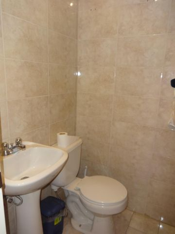 Apartamento Distrito Metropolitano>Caracas>Prado Humboldt - Venta:103.823.000.000 Precio Referencial - codigo: 16-13909