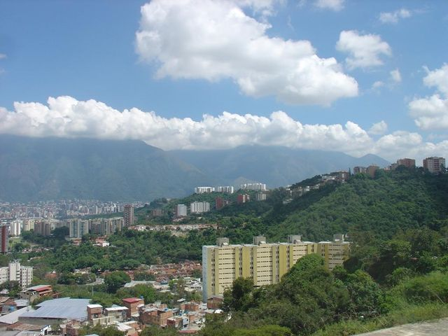 Apartamento Distrito Metropolitano>Caracas>Los Samanes - Venta:12.900.000.000 Bolivares Fuertes - codigo: 16-14000