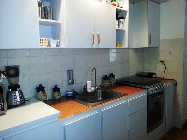 Apartamento Miranda>San Antonio de los Altos>La Rosaleda - Venta:25.419.000.000 Precio Referencial - codigo: 16-14383