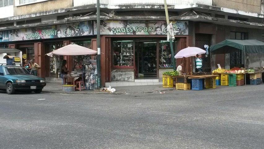 Local Comercial Distrito Metropolitano>Caracas>Prado de Maria - Venta:40.737.000.000 Bolivares - codigo: 16-14029