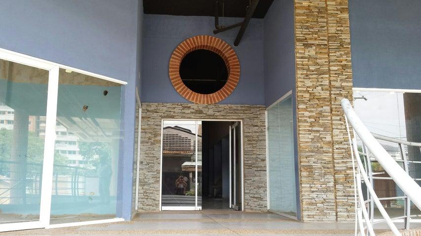 Local Comercial Carabobo>Valencia>Agua Blanca - Venta:40.000.000 Bolivares - codigo: 16-14033
